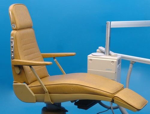 RITTER ELECTRIC DENTAL EXAM CHAIR & ADEC EXCELLENCE SYSTEM 60 DAY